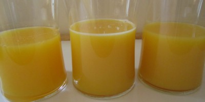 From left to right:  Freshly squeezed orange juice, juice from frozen concentrate, Simply Orange bottled juice