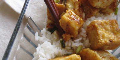 Sesame Orange Tofu with rice