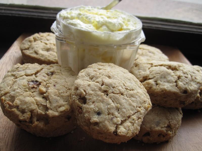 Hazelnut Oat Scones with Lemon Mascarpone Cream