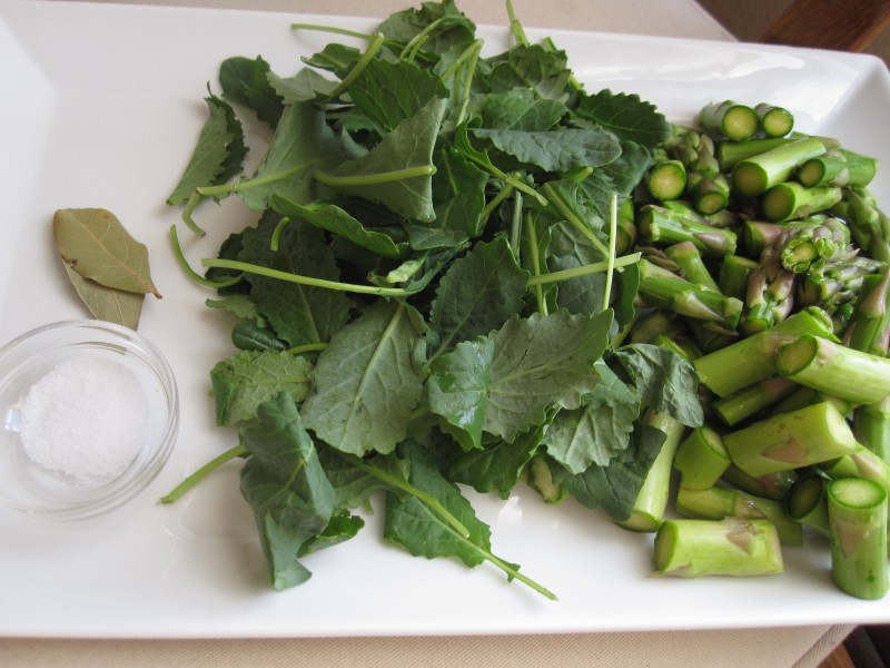 Ingredients for asparagus soup
