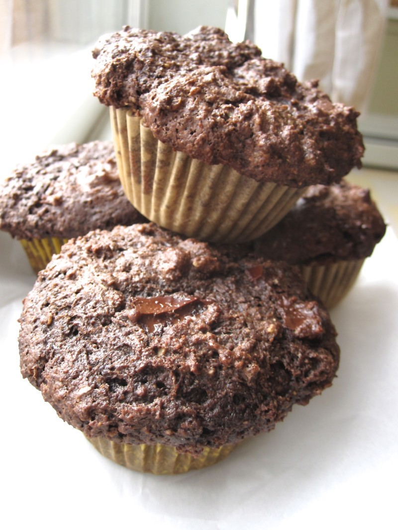 Whole-Grain double chocolate muffins - Cook It Fresh